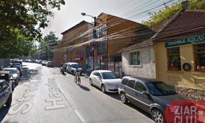 Mașinile vor avea interzis în Hașdeu. Studenții, invitați să circule pe jos sau cu bicicleta