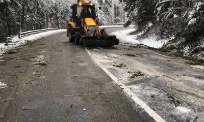 712 tone de antiderapant aruncate în zonele înzăpezite din regiunea Clujului