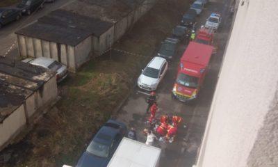 Accident grav în Mănăștur. Persoană lovită de camion/Femeia a decedat