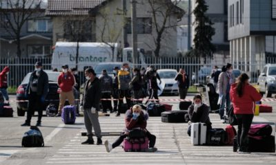 Dosar penal pe numele a trei persoane care au părăsit zona de carantină din Suceava pentru a lua avionul din Cluj spre Germania