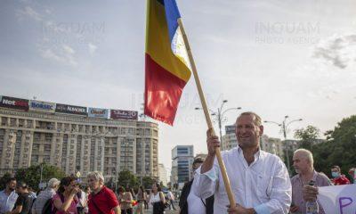 Mesajul ministrului Marcel Vela către protestatarii din Piaţa Victoriei, care pun în pericol sănătatea publică