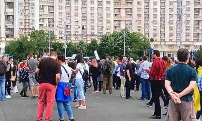 Protest în Piața Victoriei impotriva măsurilor Guvernului
