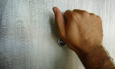 Atenție cui deschideți ușa! Ce metodă au găsit hoții pentru a intra în case