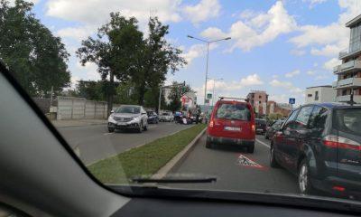 Adolescent cu trotinetă, lovit de mașină pe Turzii. Pe trecere