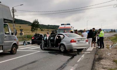 Cluj: Trei persoane rănite într-un accident în Vâlcele