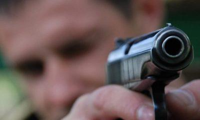Poliţiștii primesc pistoale noi