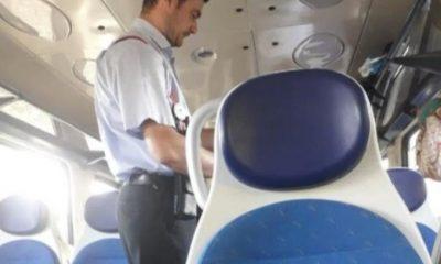 """Un controlor de tren le-a spus călătorilor că nu e pandemie și că poartă măști """"de proști"""""""