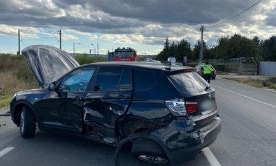 Accident cu trei mașini în Jucu. Zece persoane, printre care și trei copii, consultați de echipajele SMURD