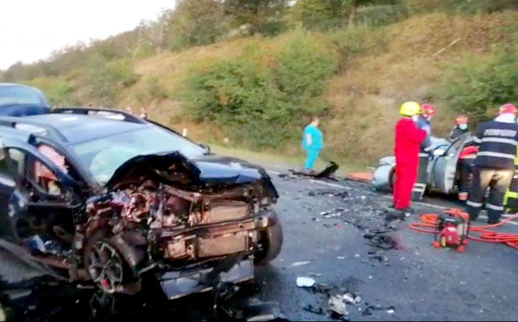 Accident grav în Baciu. O femeie a murit, iar alte trei persoane au ajuns la spital