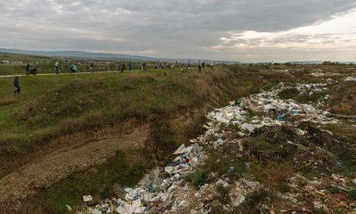 """Se vrea pistă de biciclete pe malul Someşului, între Gilău şi Bonţida: """"Acum sunt noroaie, deșeuri şi garduri de sârmă ghimpată"""""""