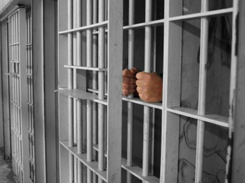 Hoț de lemne din Cluj, prins de polițiști și încarcerat. Va sta 4 ani la Gherla