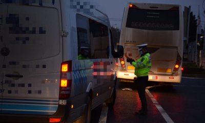 Poliția, controale de amploare în trafic. În vizor, transportul de persoane