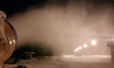 """Românii iau cu asalt stațiunile montane, la schi. """"De Crăciun vom avea spitalele pline"""""""