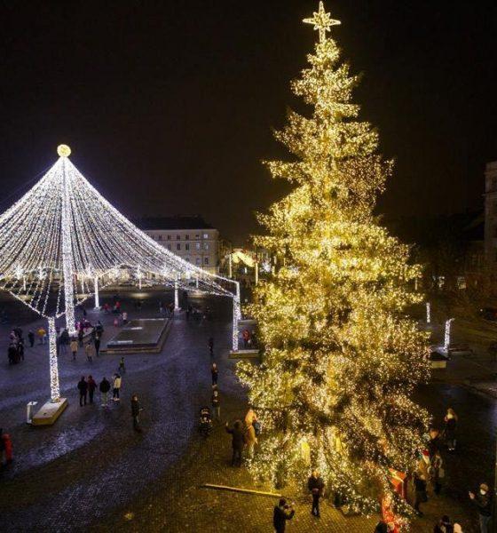 Cum arată Clujul îmbrăcat în straie de sărbătoare