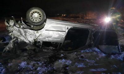 Accident la Cluj! S-a dat cu maşina peste cap şi a făcut-o praf, dar a avut zile