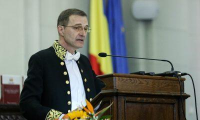 """Ioan Aurel Pop, preşedintele Academiei Române: """"Reacțiile vaccinului după 10 ani nu mă impresionează"""""""