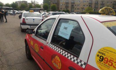 """Pandemia îi ţine 15 ore în stradă pe taximetriştii din Cluj pentru un trai decent. După ridicarea restricţiilor, va fi """"jihad"""""""