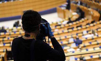 Sute de ziarişti au murit anul trecut în lume în urma infectării cu COVID-19