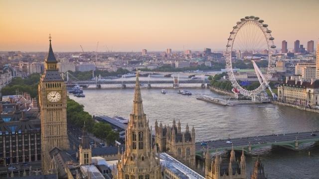 Test COVID negativ și carantină la intrarea în Anglia