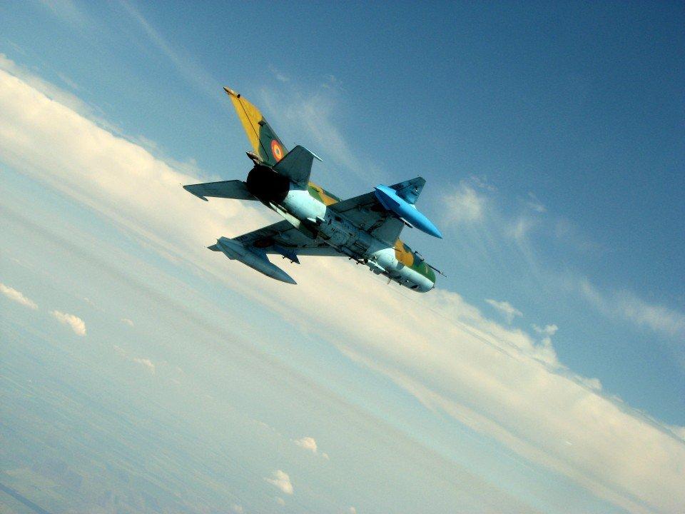 Incident la Baza 71 Aeriană din Câmpia Turzii. Un Mig-21 Lancer a avut probleme la aterizare