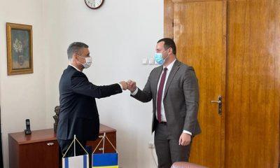 Ambasadorul Israelului în România, întâlnire cu noul prefect al Clujului. Despre ce au discutat