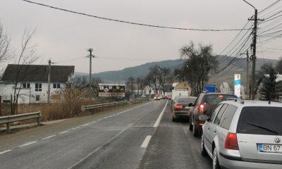 Cozi de mașini cât vezi cu ochii lângă Dej, din cauza unei bariere defecte