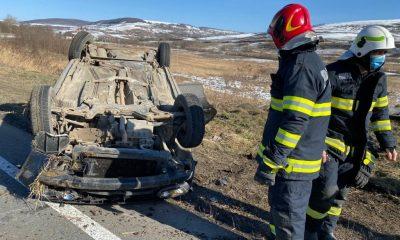Mașină răsturnată pe Cluj - Turda. A intervenit SMURD-ul