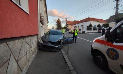 Accident grav în Cluj-Napoca / Mașinile au fost scoase de pe carosabil