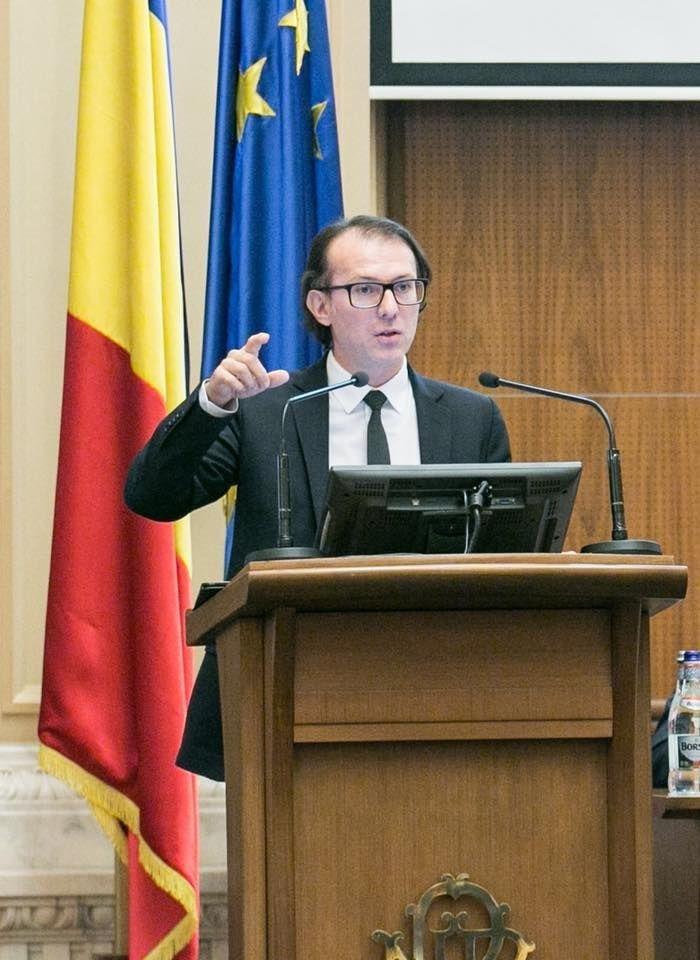 """Florin Cîțu, mesaj de paște: """"Tradițiile creștine și măsurile de protecție anti-COVID-19 pot fi respectate în egală măsură"""""""