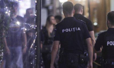 Majorat cu 70 de persoane, curmat de polițiști la un restaurant din Cluj