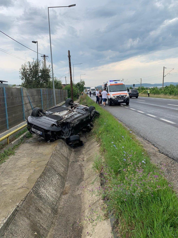 Accident grav lângă Dej. Două persoane au ajuns la spital