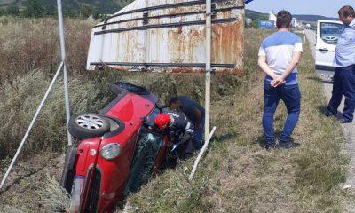 Accident la intrare în Apahida. O femeie s-a răsturnat cu mașina și a ajuns la spital