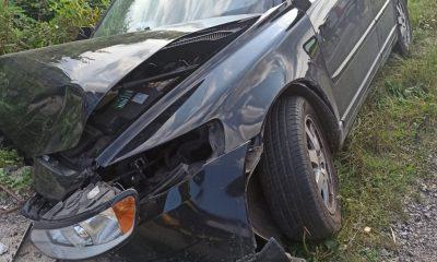 Accidentele se țin lanț la Cluj. Mașină ieșită în decor în Mera/ Trei răniți, printre care și un copil