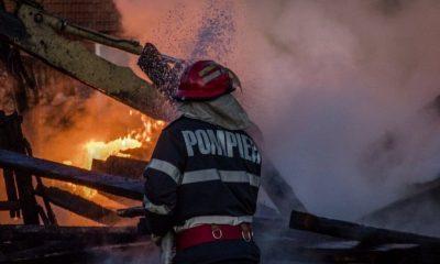 Incendiu de proporții în Cluj. O casă a fost curpinsă de flăcări din cauza hornului